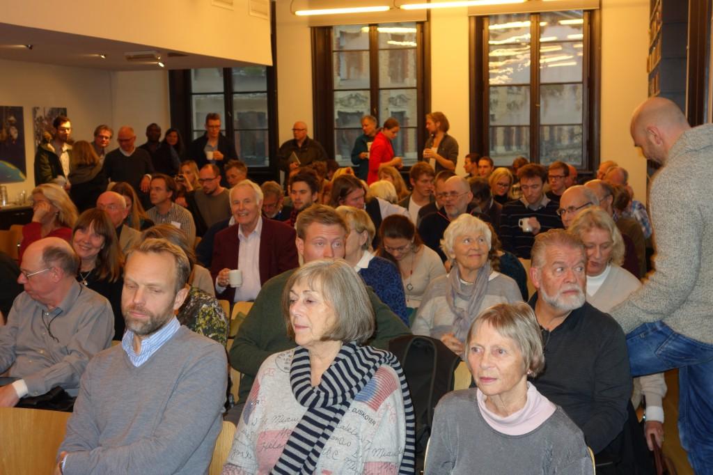 Møtet ble holdt på Litteraturhuset 6. november 2013 (foto: Olve Moldestad).