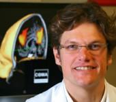 Steven Laurys m fMRI-bilde 2015